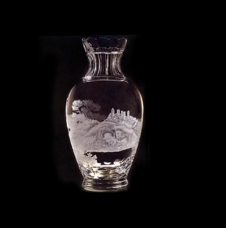 Vaso. Cristallo, incisione tradizionale